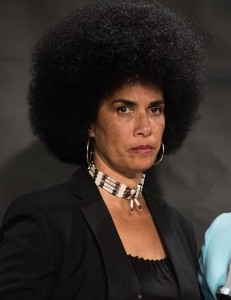 Lili Bernard, NYC Press Conference re. Bill Cosby, 1 May 2015 (Photo: Getty Images)